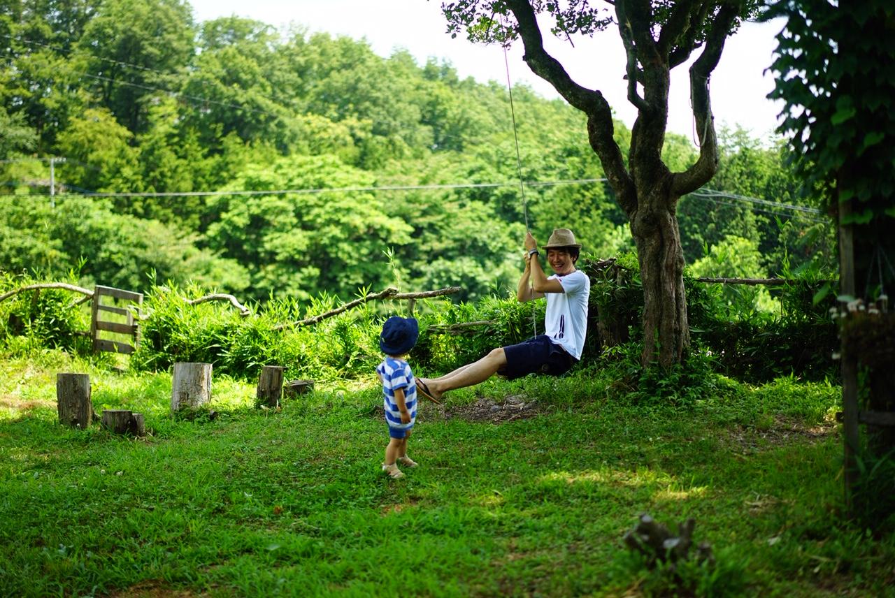 子供と近所を散策する善積